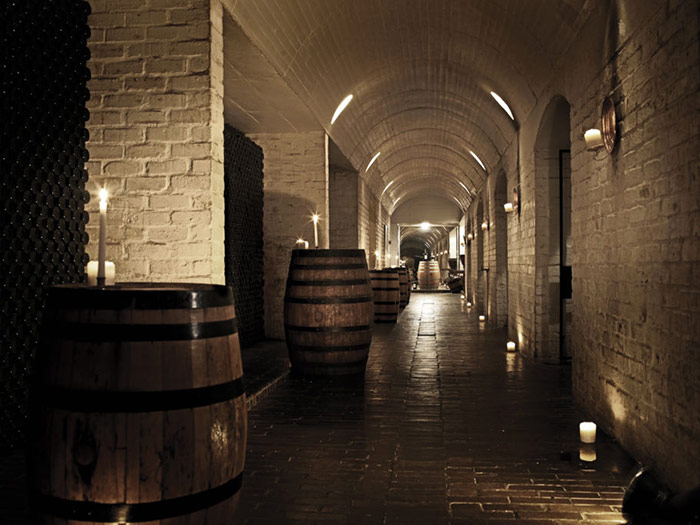 Inside Die Bergkelder – famous cellar in the mountain